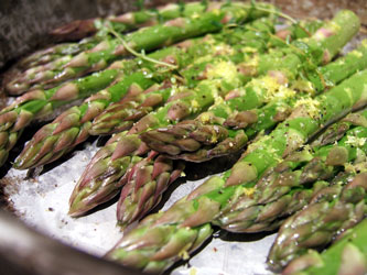 Pan-Roasted Asparagus with Lemon Zest and Garlic