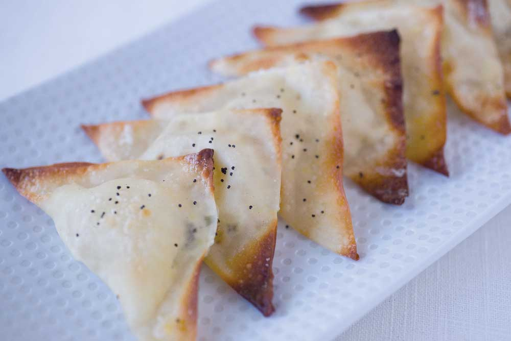wonton triangles finger foods